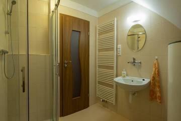 koupelna-v-podkrovi-0406-